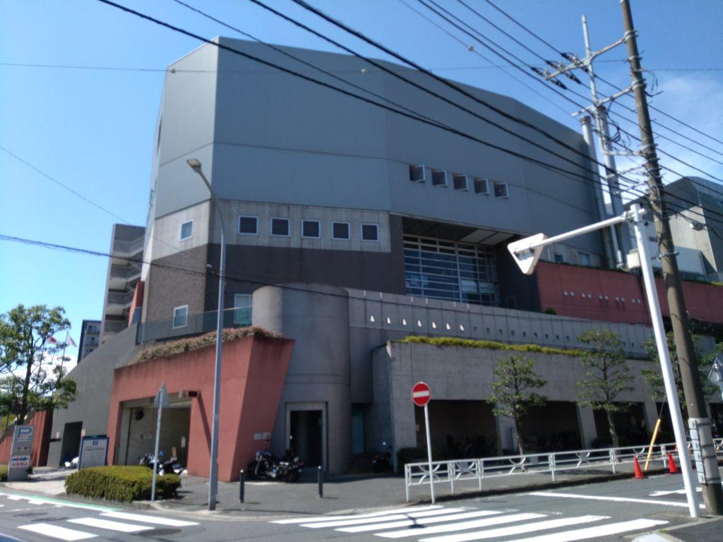 横浜市西スポーツセンターのプール